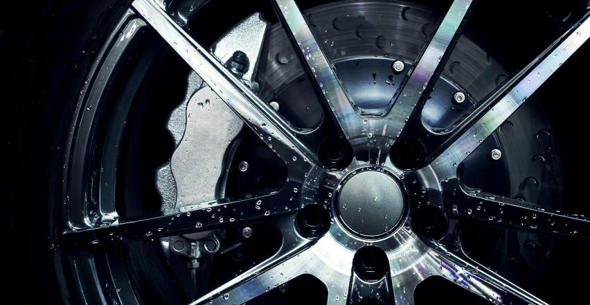 Felgi aluminiowe. Odpowiedni dobór i pielęgnacja obręczy z aluminium