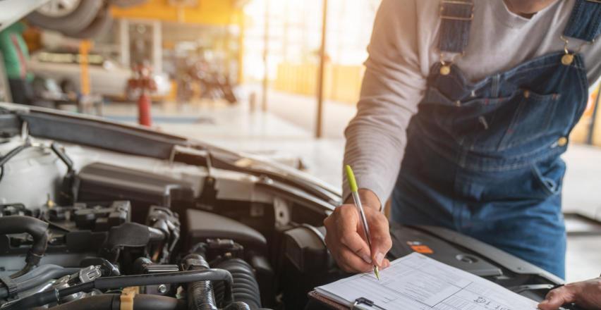 Przegląd rejestracyjny samochodu – kiedy, gdzie, za ile?