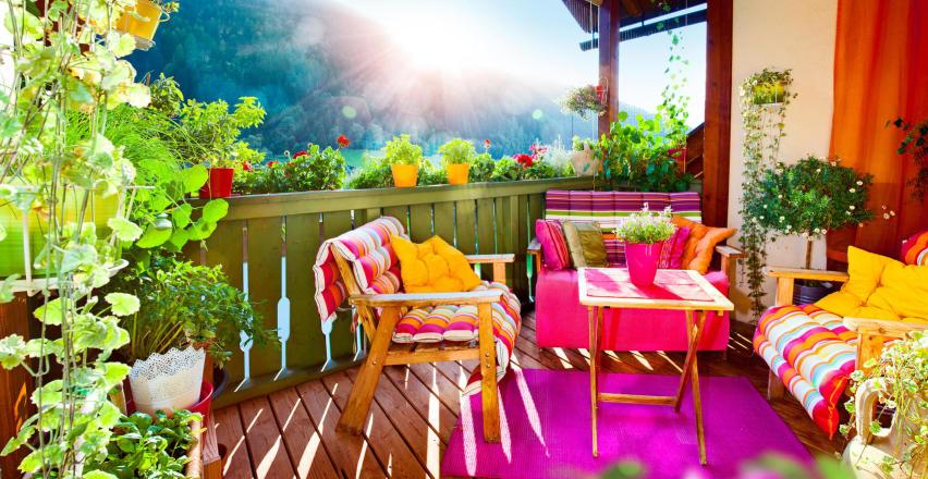 5 praktycznych porad, jak urządzić balkon marzeń?