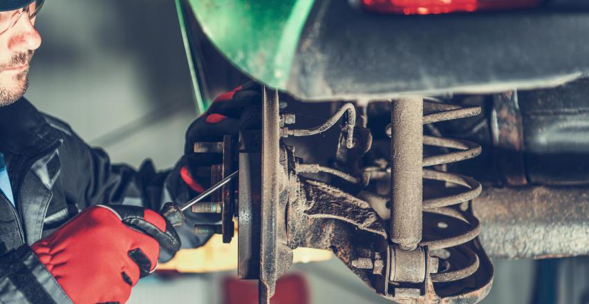 Kiedy warto udać się do mechanika?