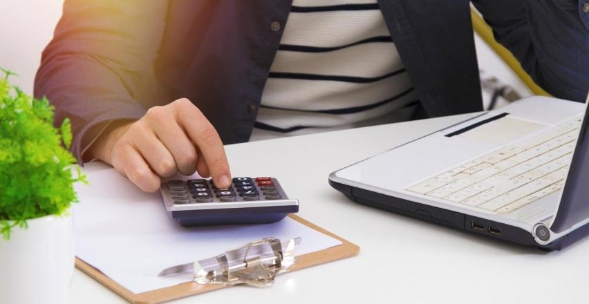 Zalety powierzenia księgowości firmy w ręce biura rachunkowego