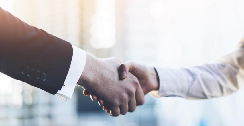 Zalety powierzenia księgowości swojej firmy zewnętrznemu partnerowi