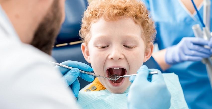 Impregnacja zębiny zębów mlecznych. Wskazania i przebieg zabiegu