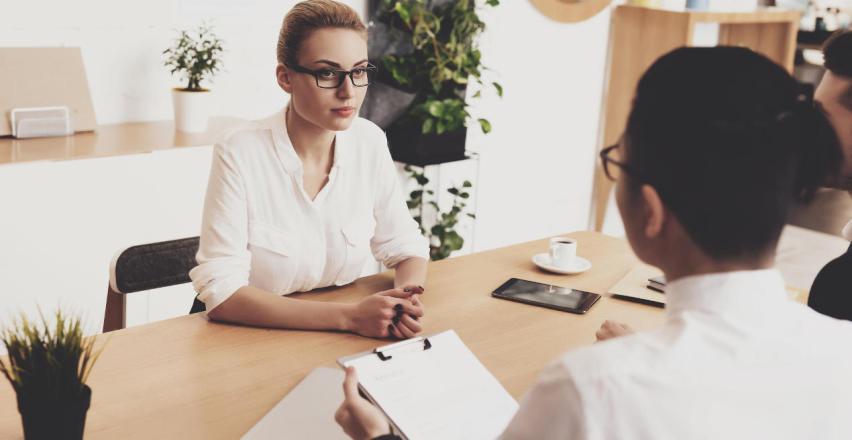 Kadry i płace - jak zewnętrzne biuro księgowe może wspierać firmę?