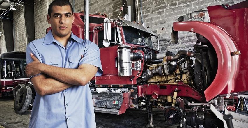 Wszystko, co powinieneś wiedzieć o częściach do pojazdów ciężarowych.