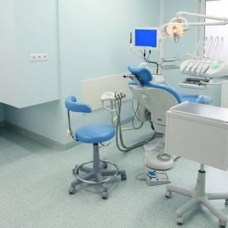 Jakie usługi wyróżniają centrum stomatologiczne MARGO?