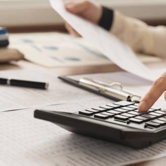 Usługi oferowane przez biura rachunkowe. Czego dotyczą i ile kosztują?