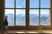Zabezpieczenie drzwi i okien drewnianych przed zimą