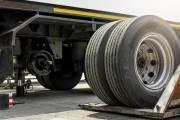 Jak wygląda wymiana opon w autach ciężarowych?