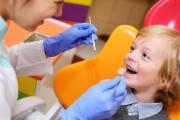 Na czym polega lakowanie zębów?