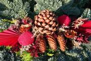 Dekoracje świąteczne na groby bliskich